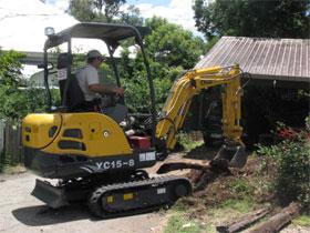Mini Excavator & Tipper Hire Brisbane, Gold Coast, Toowoomba & Ipswich.