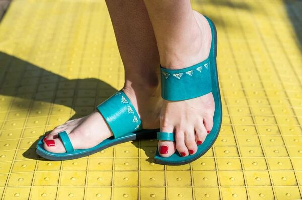 Indian Style Embossed Leather Sandal Slide Turquoise 4