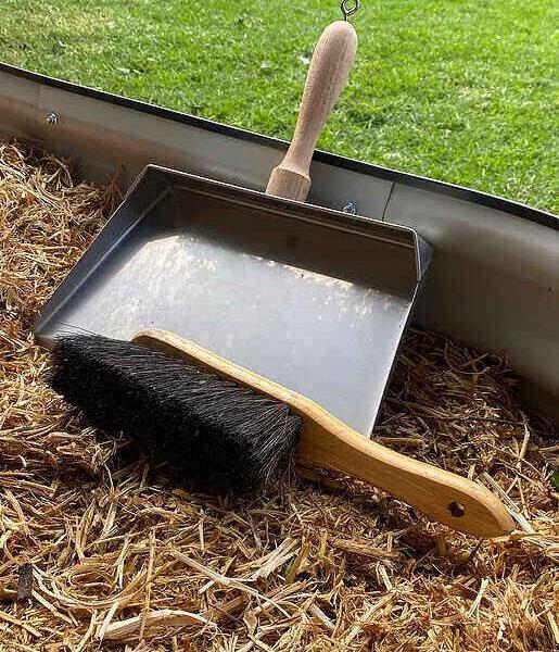 Dust Pan & Brush Standard Size