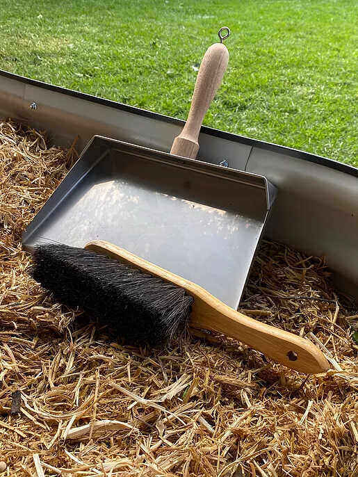 Dust Pan & Brush Standard Size